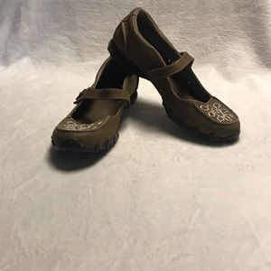 NWOT SKETCHERS MARY JANES